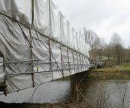 Wetterschutz über Brücke am Chemnitztalradweg